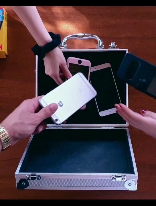 cellulari-valigia
